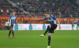 Bundesliga: Spät aufgewacht: Arminia spielt 1:1 beim FC Augsburg