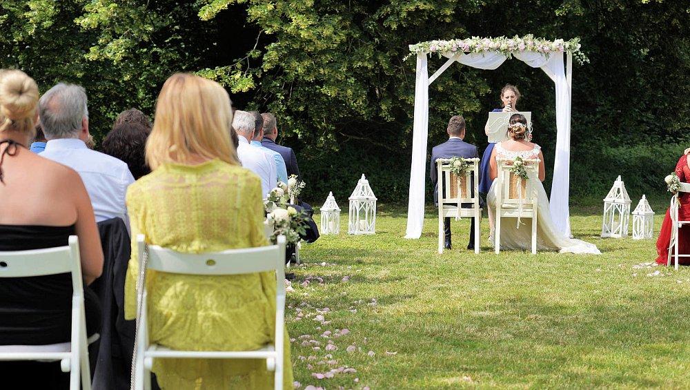Draußen feiern bielefeld hochzeit Hochzeit im