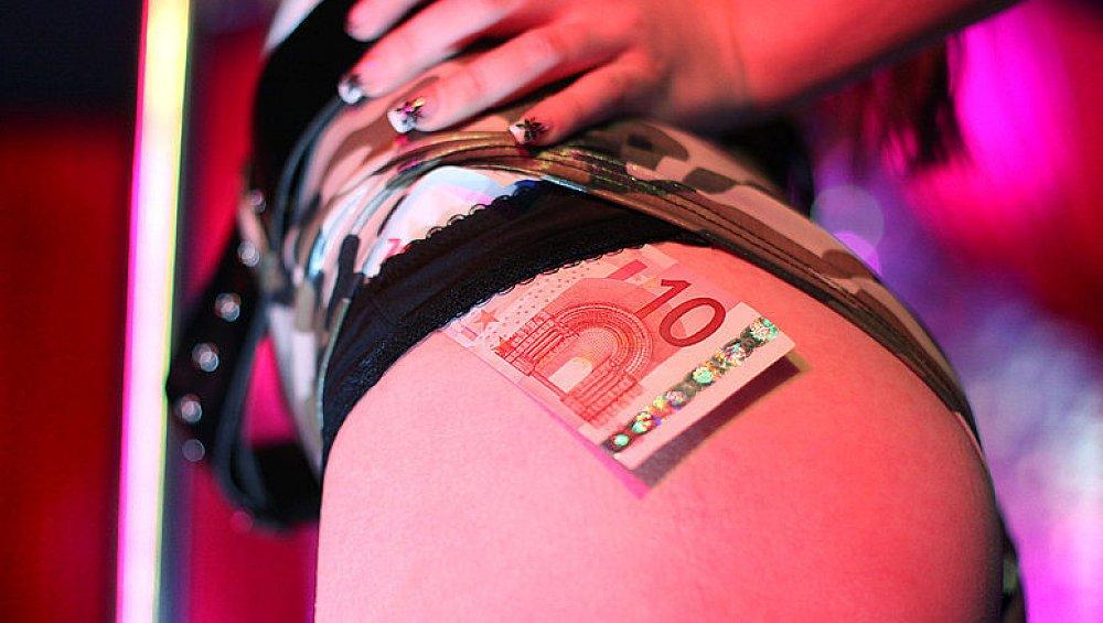 Düsseldorf prostitution Atipat Thai