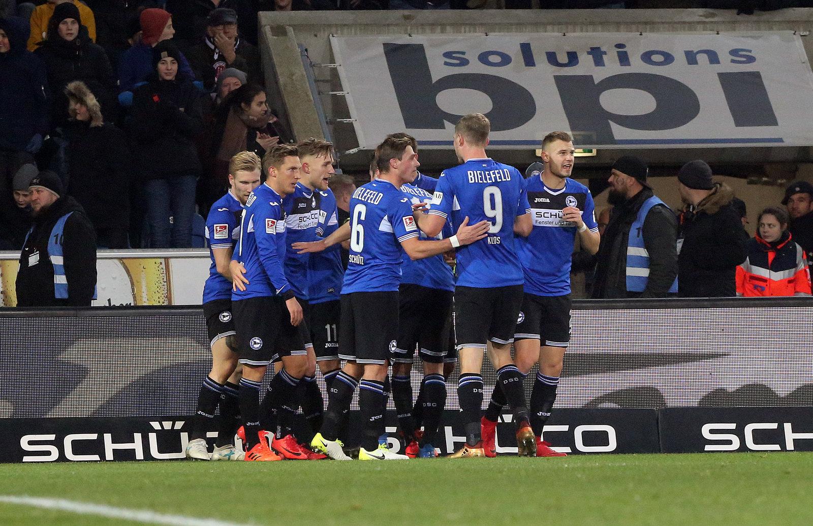 St Pauli Gegen Arminia Bielefeld